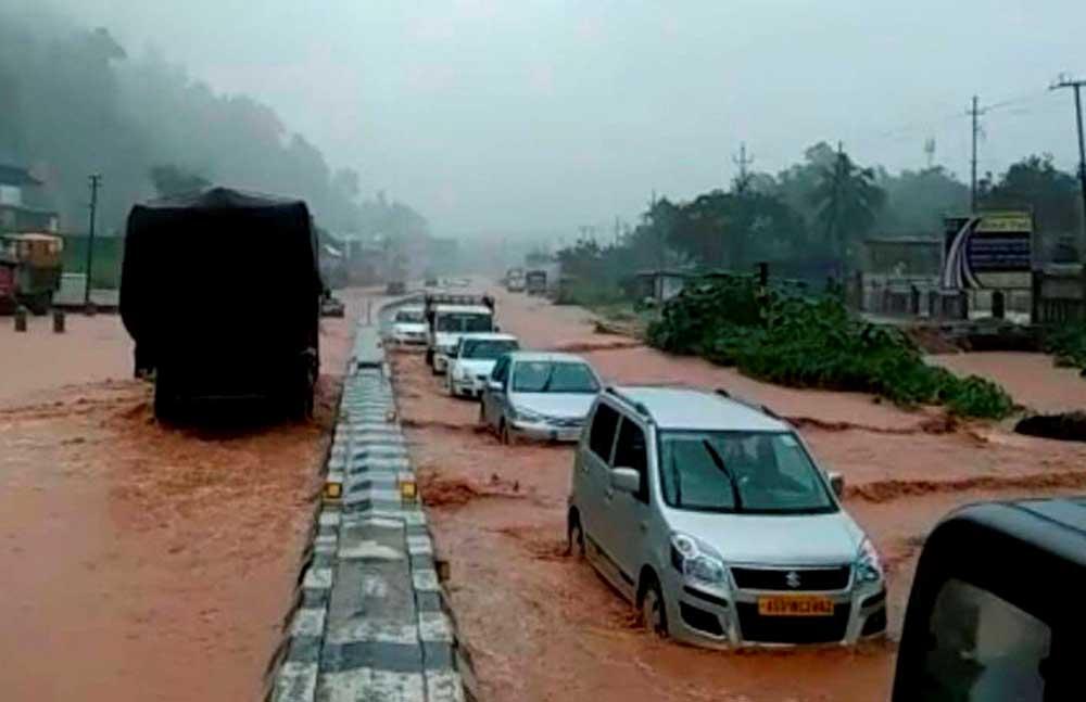 8 killed in rain-triggered floods in Mizoram, North India still hot
