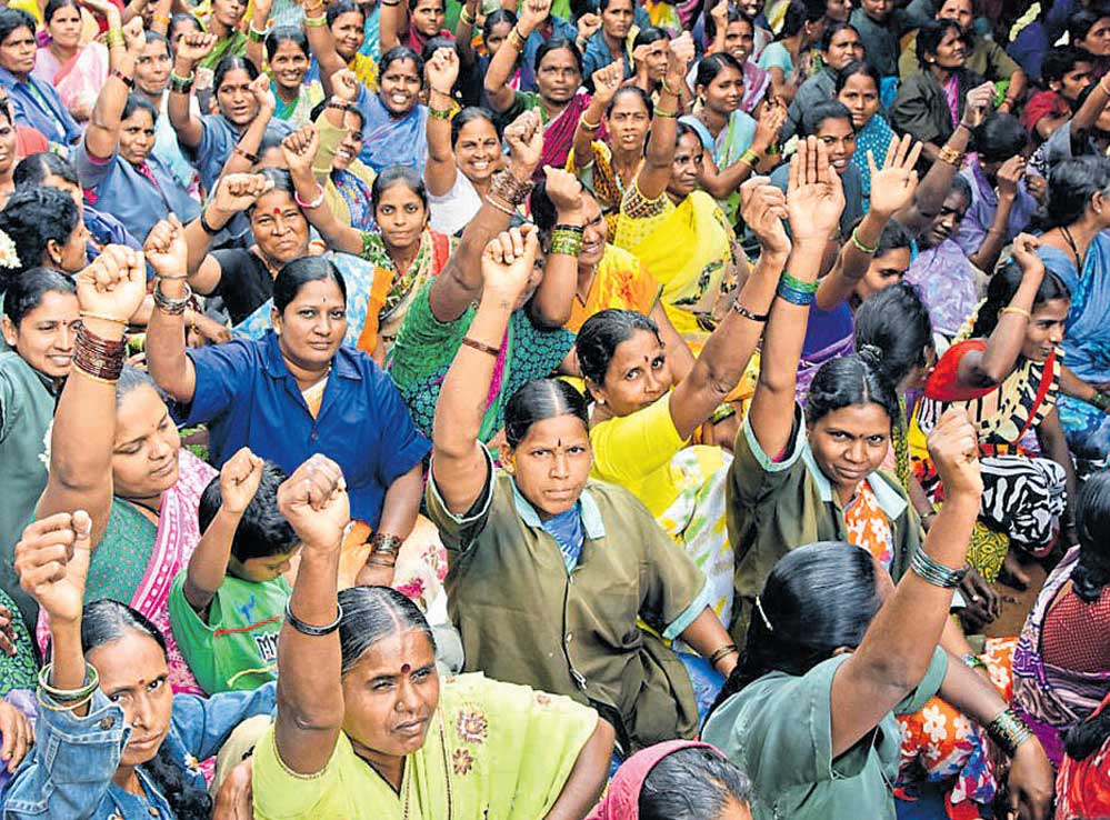 Civic workers end strike, govt promises to fulfil demands