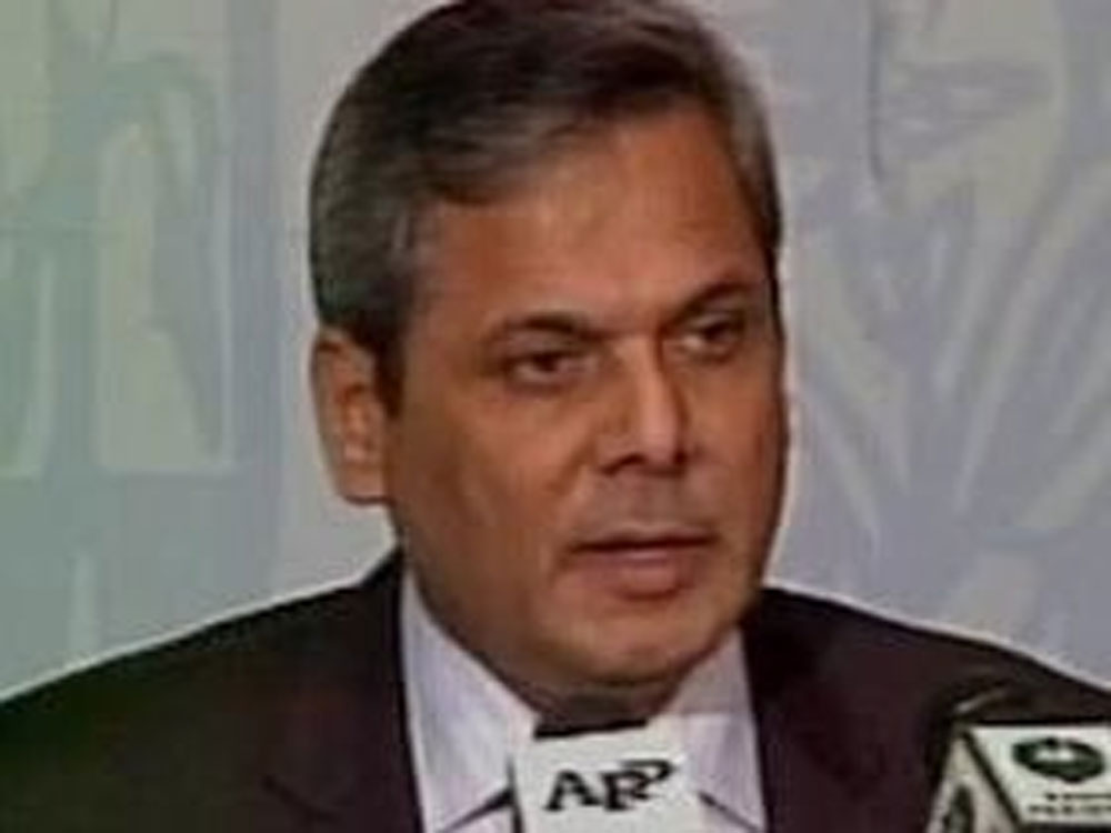 Pak welcomes Russia's role in resolving issues with India: FO