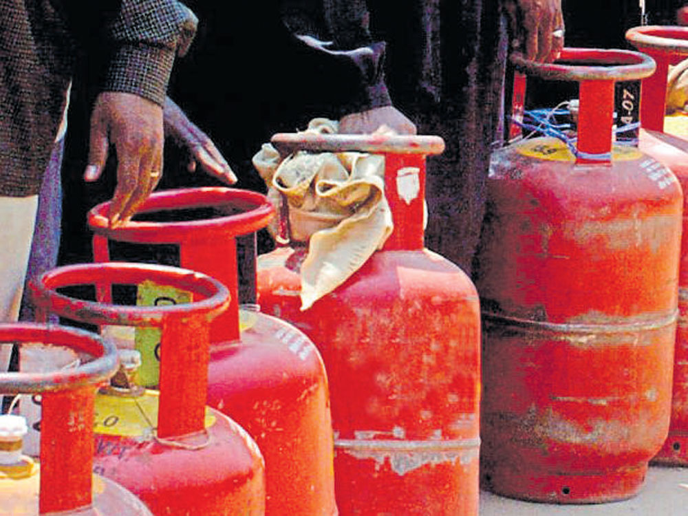 In dry Bihar, LPG cylinder being used to smuggle liquor