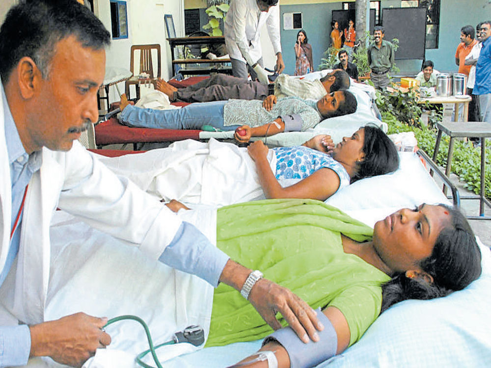 Experts say state lacks system to prevent wastage of blood units