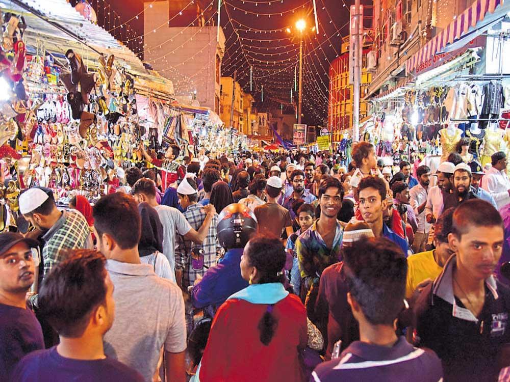 On Eid eve, Shivajinagar soaks in festive spirit