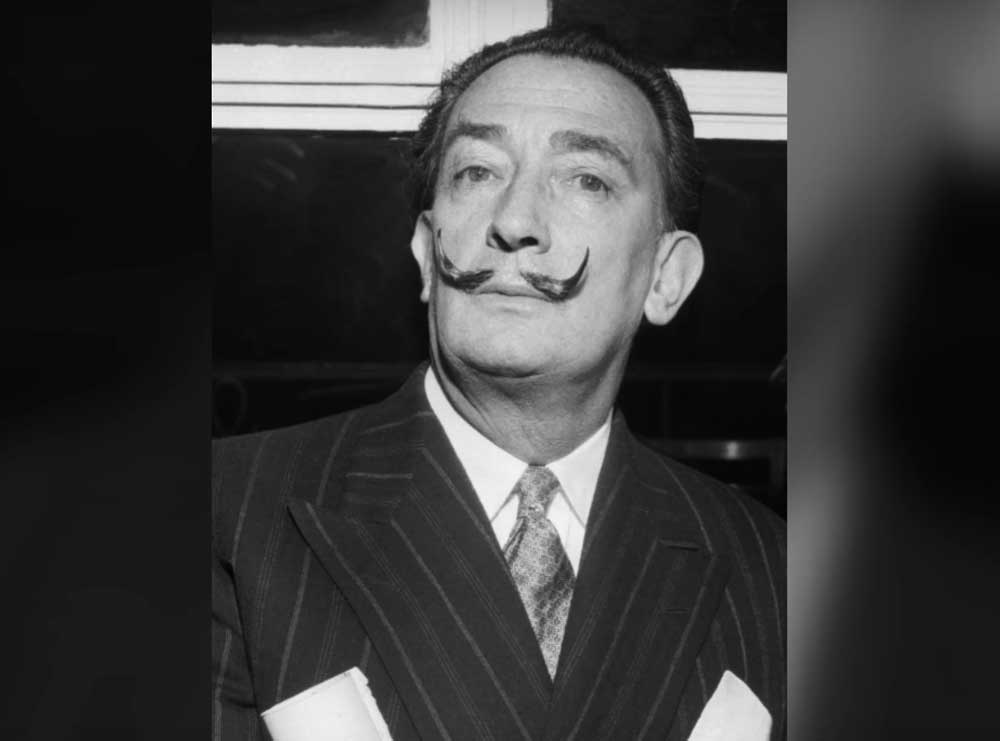 Salvador Dali's body to be exhumed for a paternity test