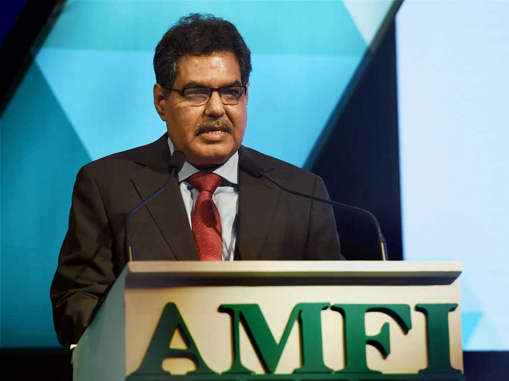 Sebi asks MFs to hone due diligence, playing on debt funds