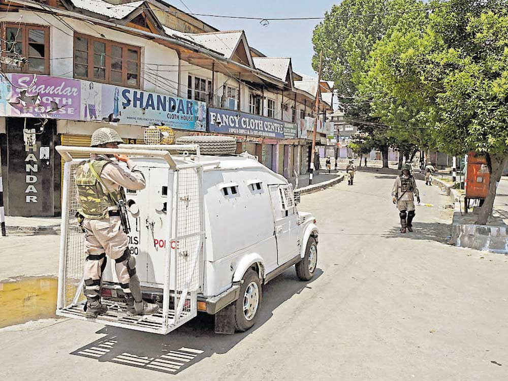 Restrictions in parts of Srinagar against separatists' protest