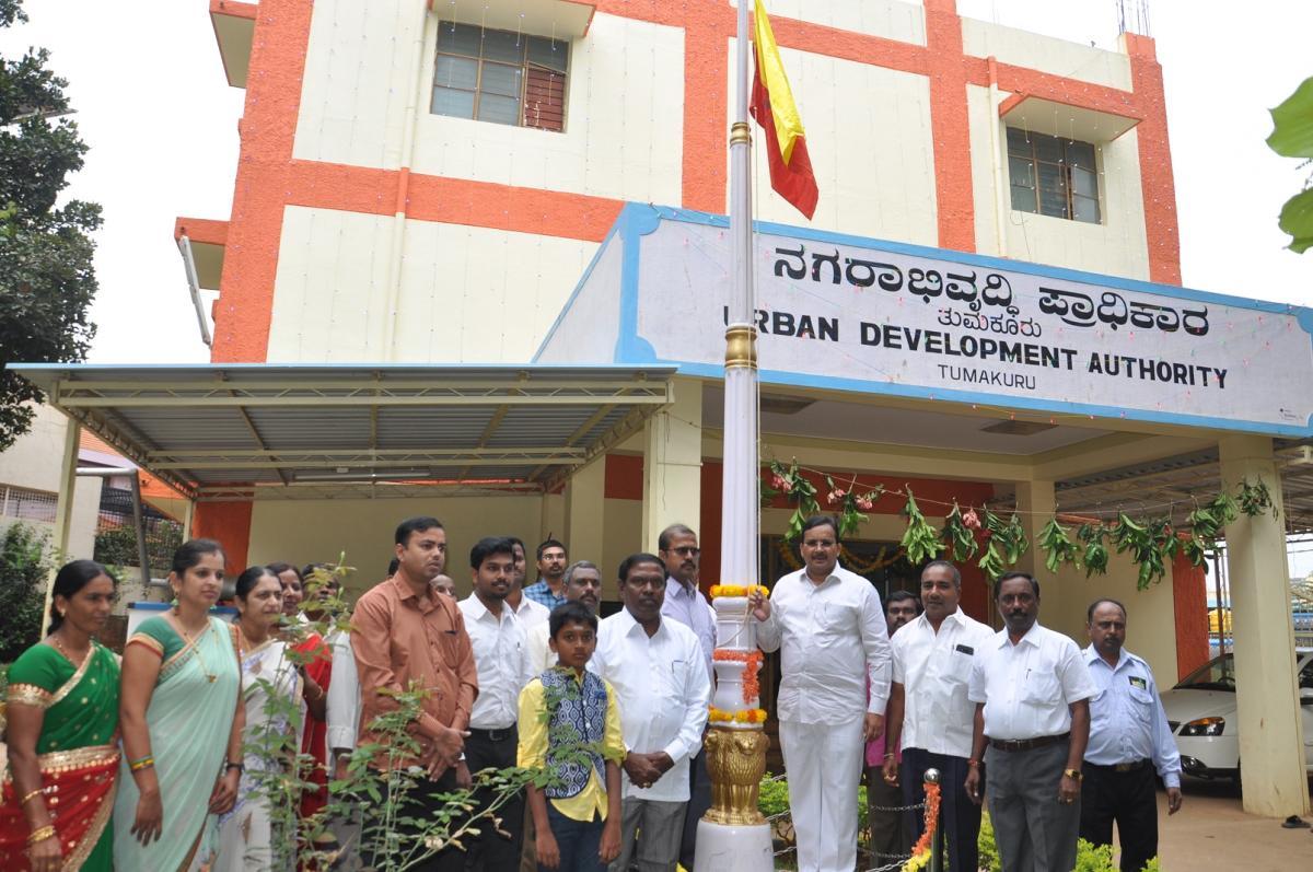 People called upon to join hands for progressive Karnataka