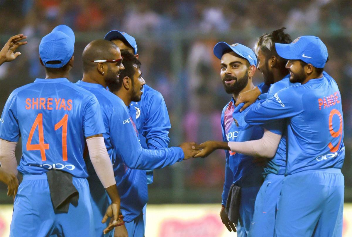 ICC gives clean chit to Kohli for using walkie talkie