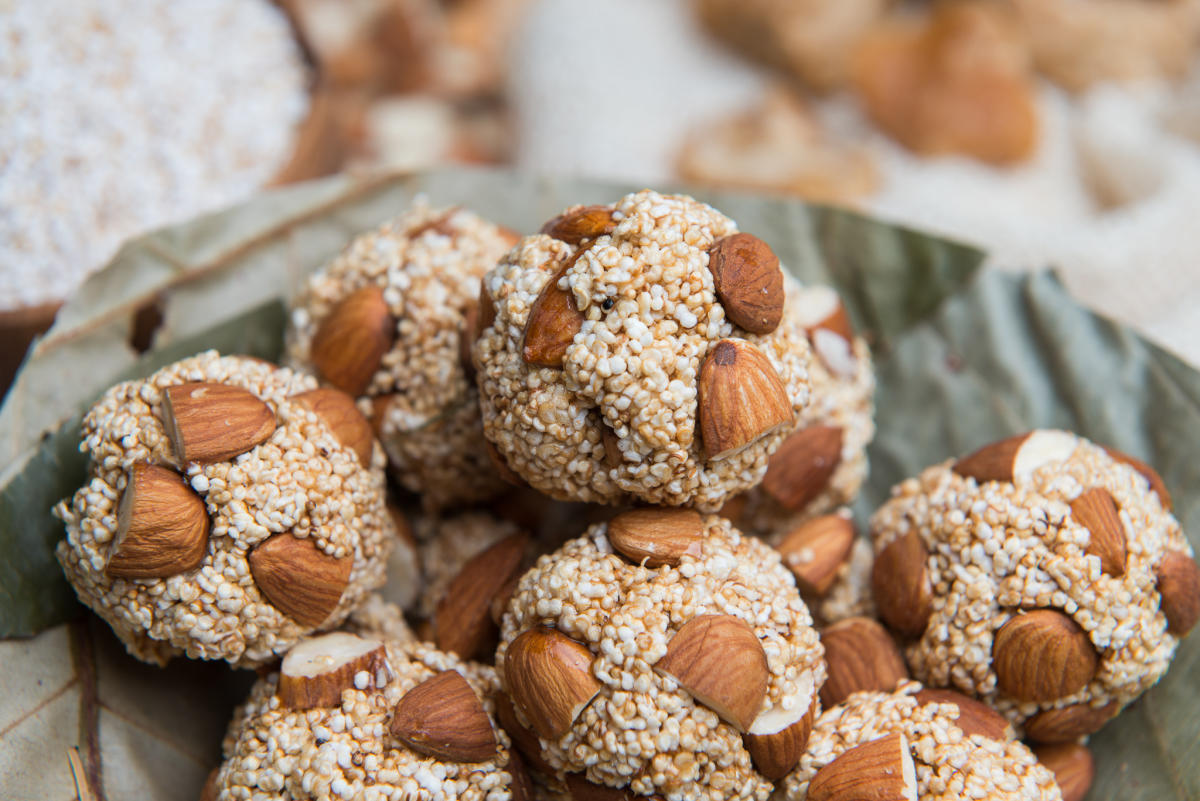 Healthy almond munchies