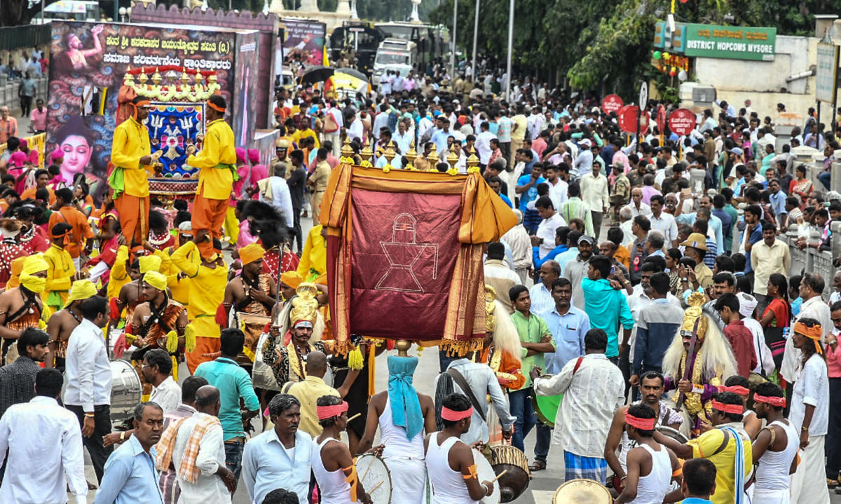 Only feudalists can call chief minister casteist: Mahadevappa