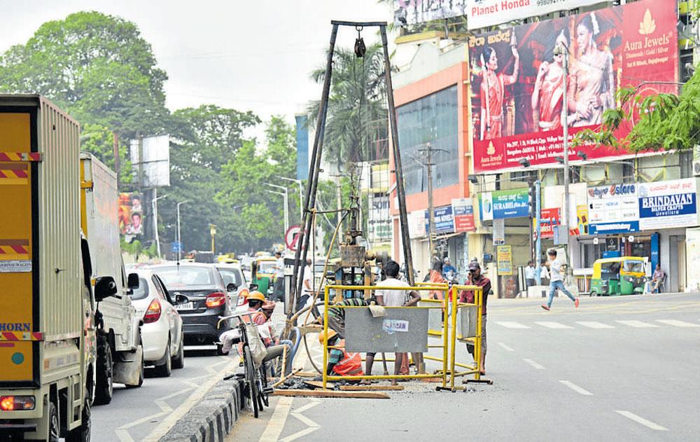 Plans to move pipeline could worsen traffic scene near Shivananda Circle