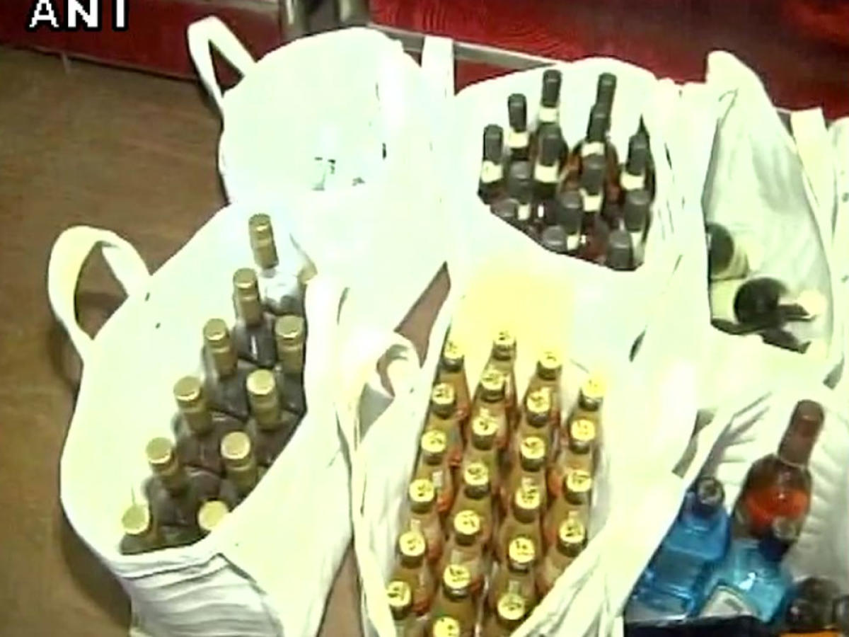 Rs 1.38cr cash, 6L litres liquor seized in poll-bound HP, Guj