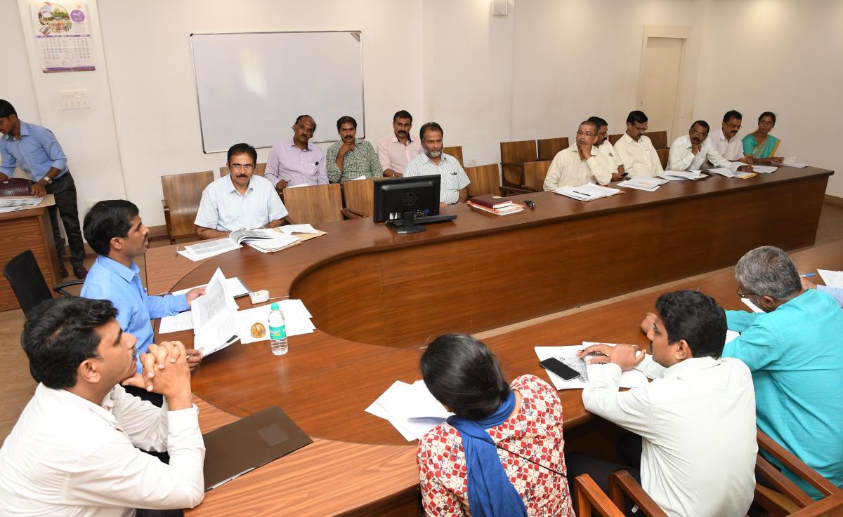 'Voter enrollment for graduate, teacher constituencies poor'