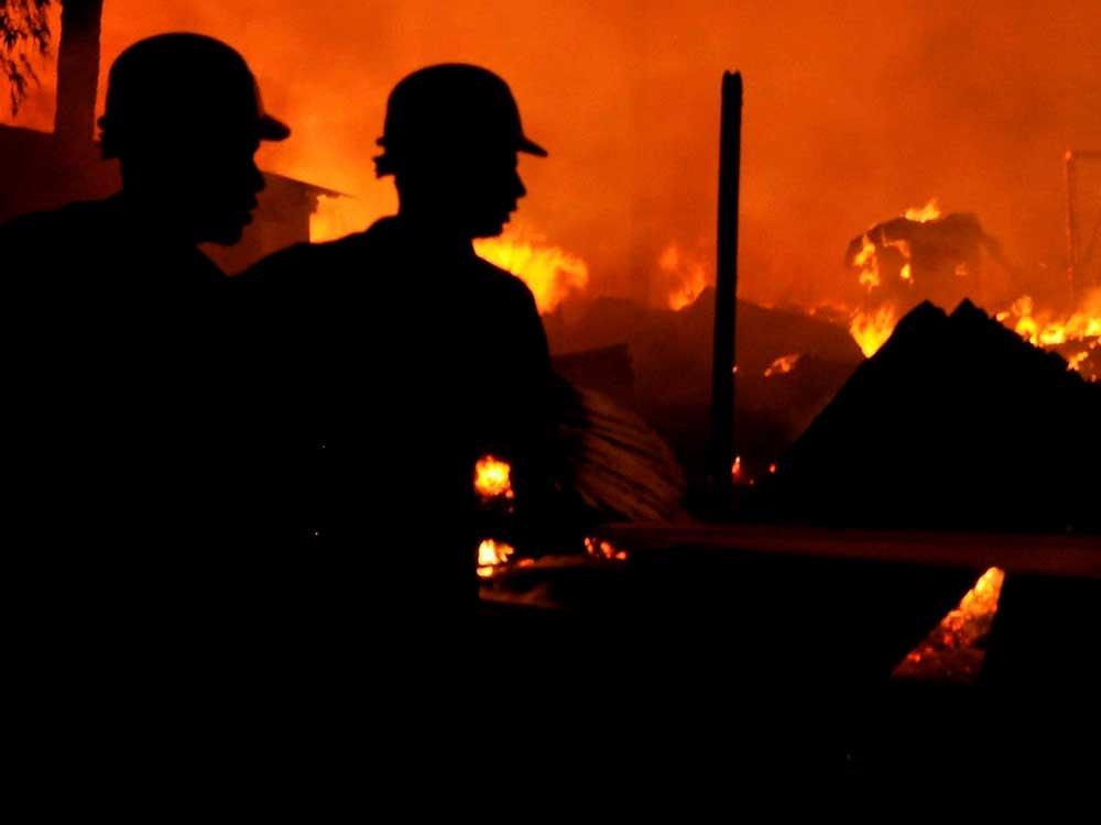 Fire in Mumbai monorail; no casualties