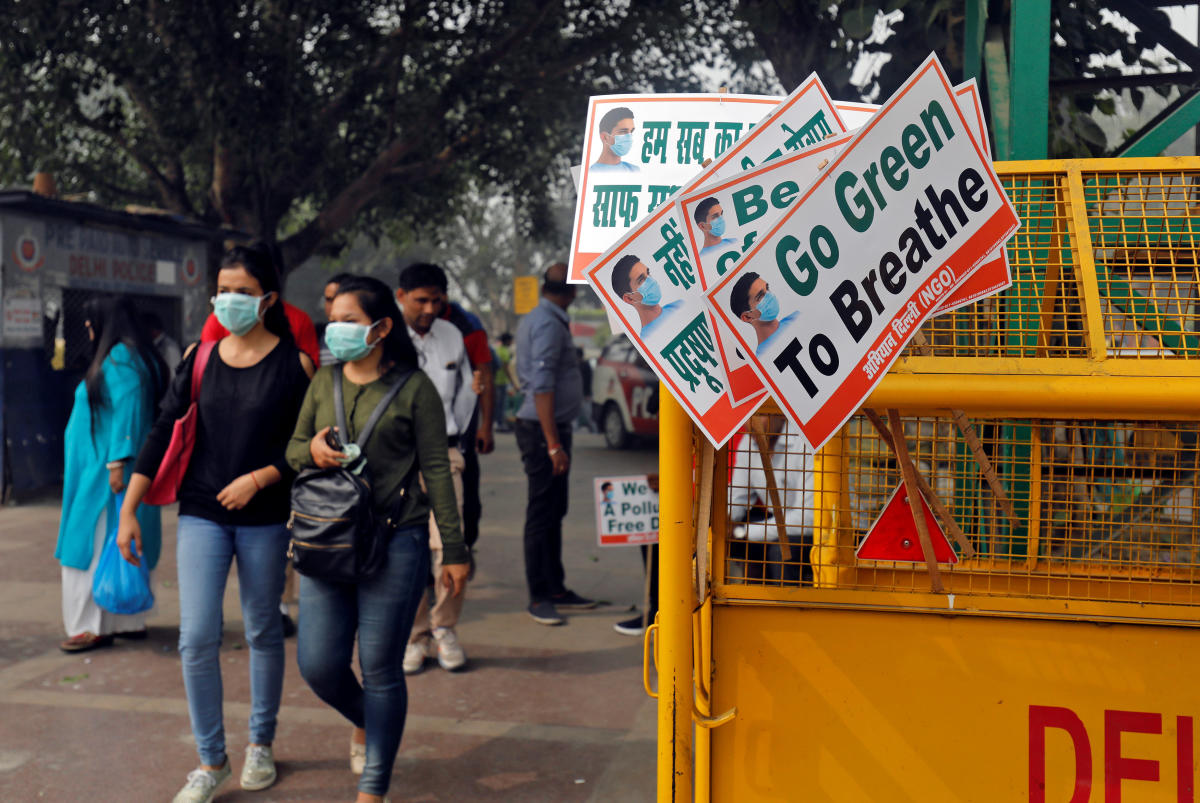 Odd-even in Delhi for 5 days from Monday; women, bikers exempt