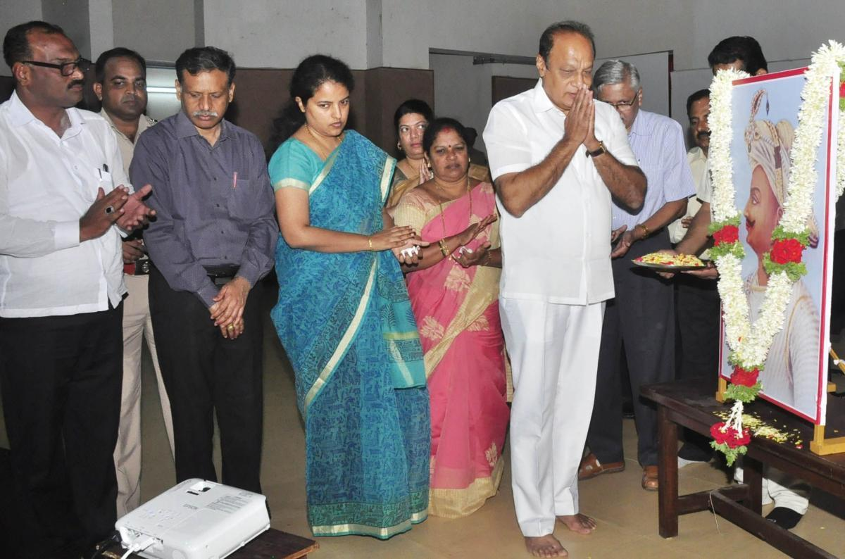Tipu Jayanti observed amid tight security