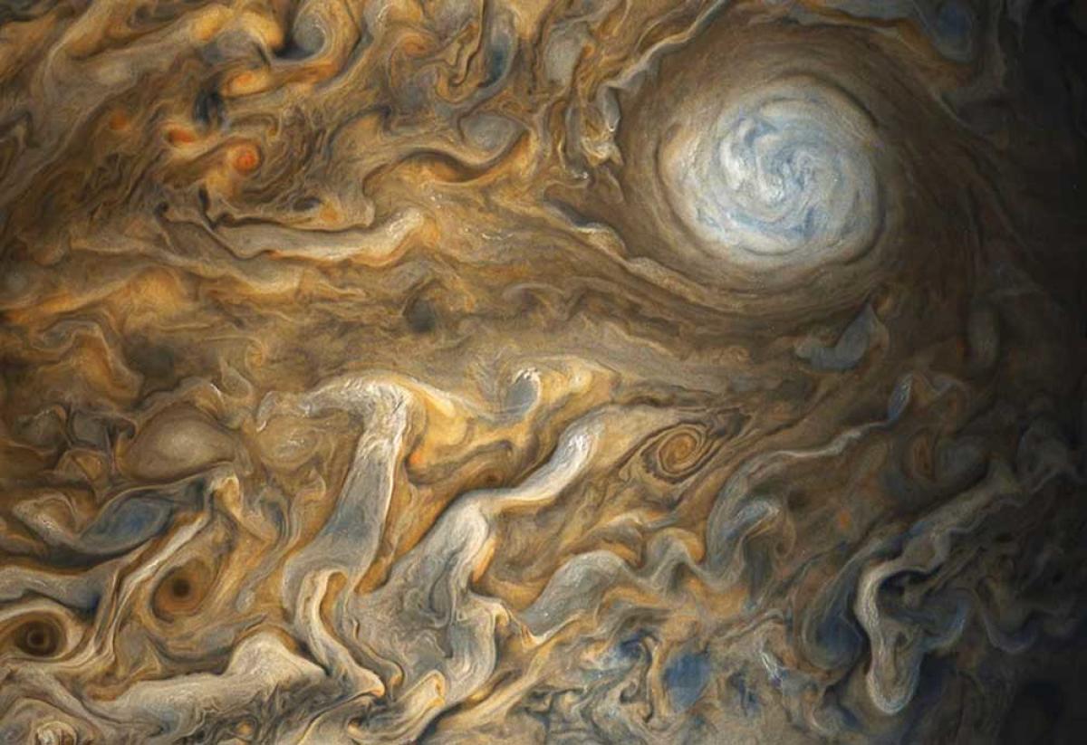 NASA's Juno probe unveils Jupiter's vibrant, swirling clouds