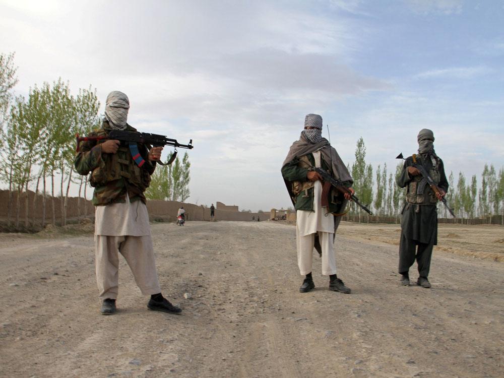 Taliban kill 22 police in security post attacks
