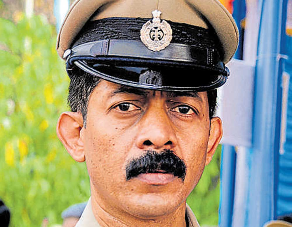 Ganapathi suicide: CBI team recovers one bullet from lodge