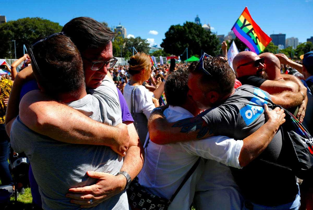 Australians decisively votes 'yes' to same-sex marriage
