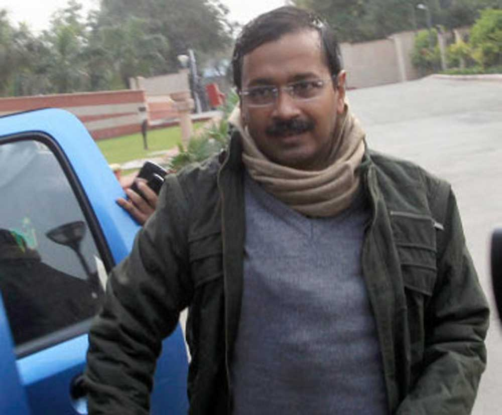 Delhi govt to home-deliver 40 services