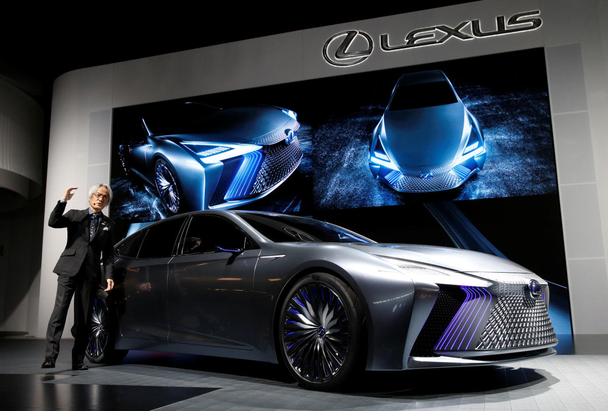 Lexus may price new compact SUV hybrid NX 300h at Rs 60 L