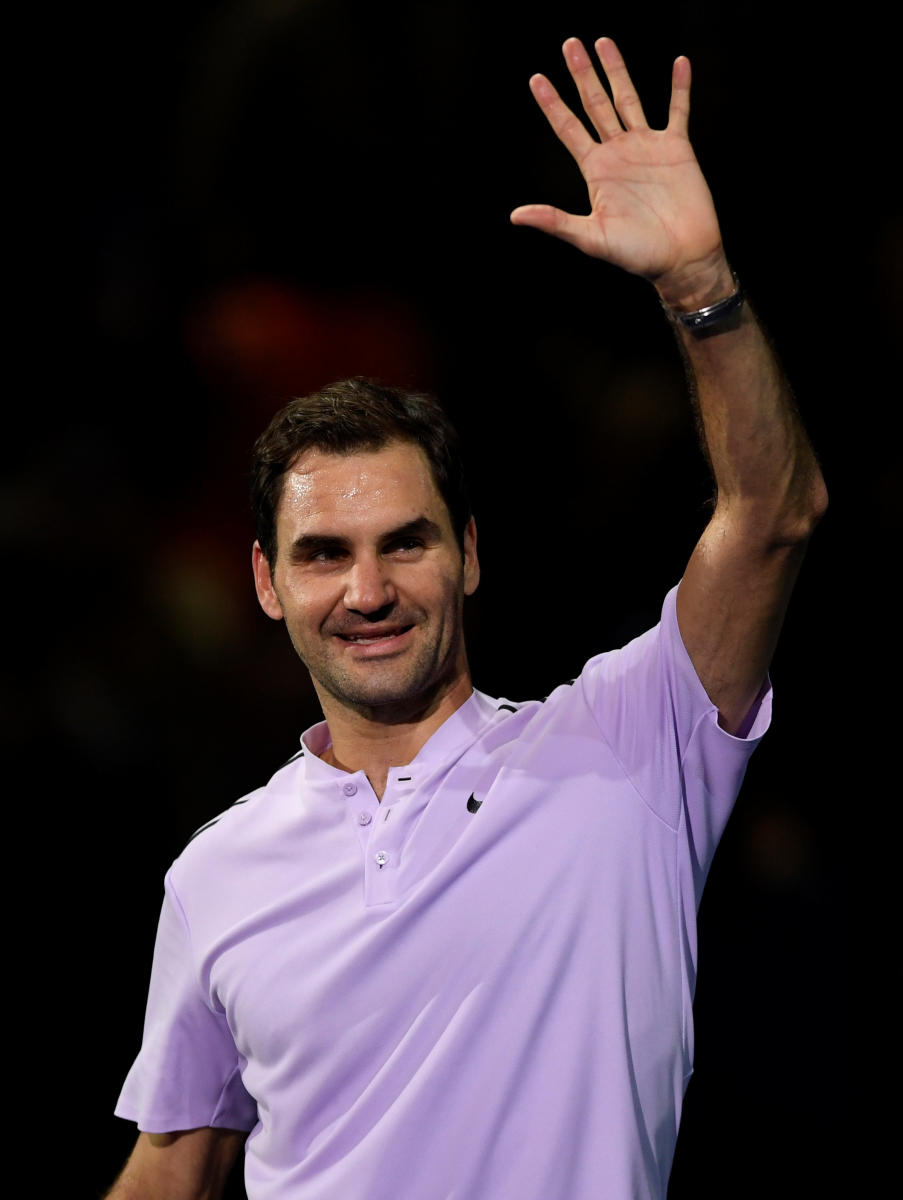Year-end top ranking not realistic: Federer