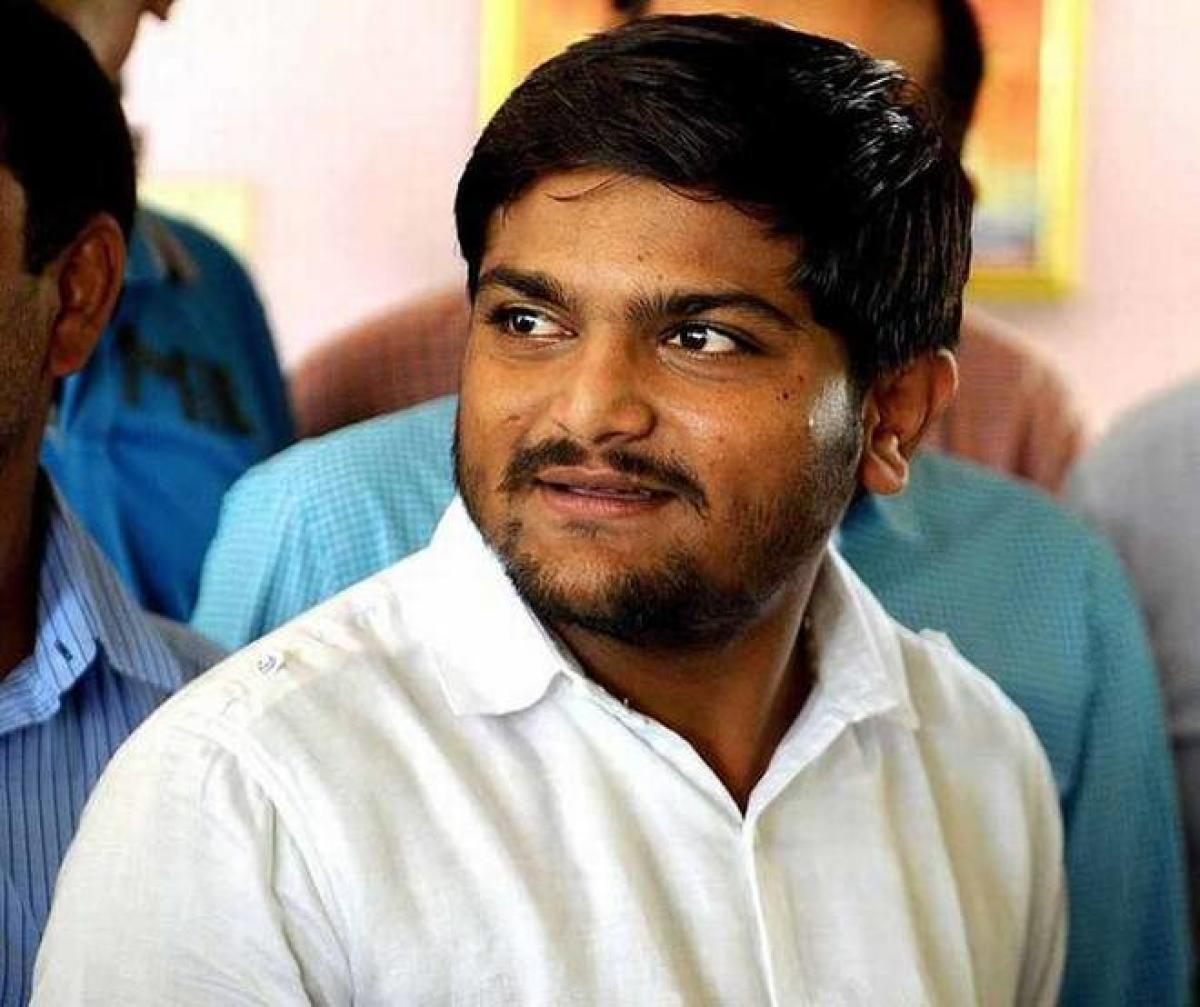 Hardik turns philosophical as supporters slug it out with Cong