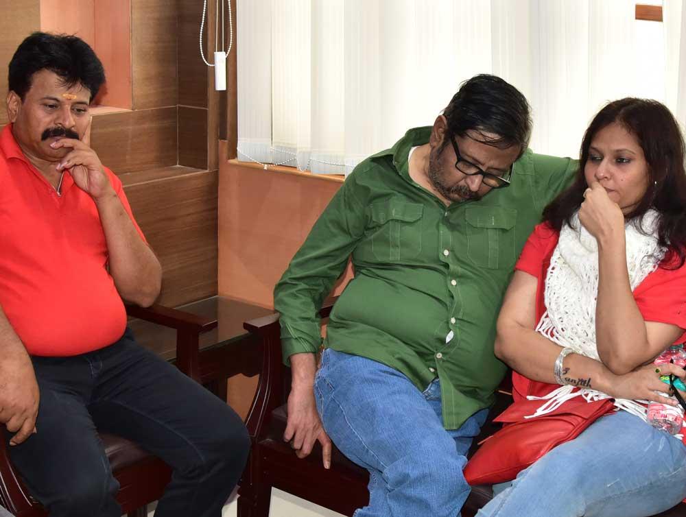 Assembly directs cops to arrest Kannada journalists Belagere, Raj