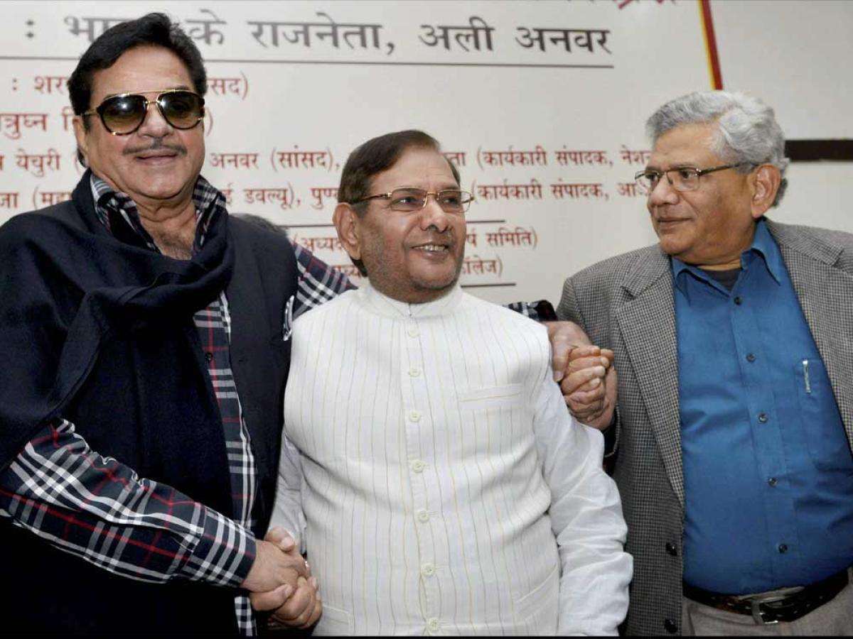 'Shotgun' Sinha fires salvos at Modi, Shah