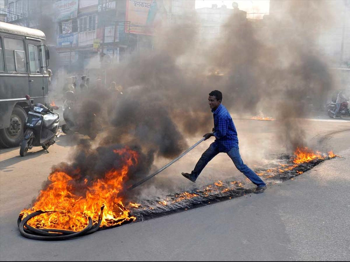 11 injured in bandh clashes in Tripura; Editors Guild condemns journalist killing