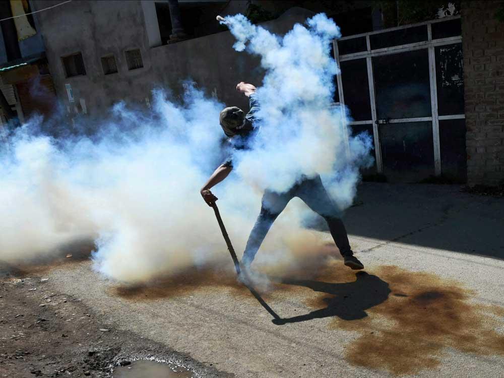 Commuters choke as CAR cops fire expired tear gas shells
