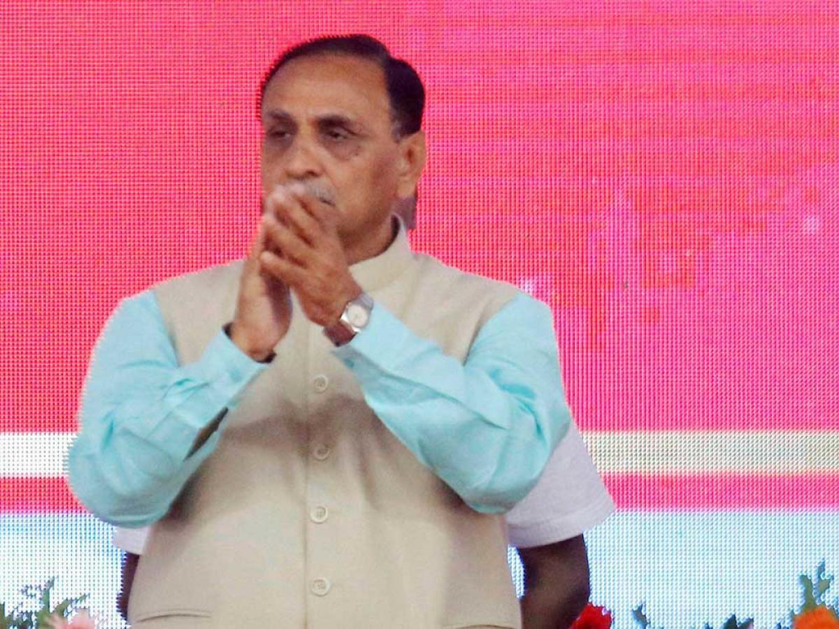 Cong-Hardik tie-up won't affect BJP's poll prospects: Rupani