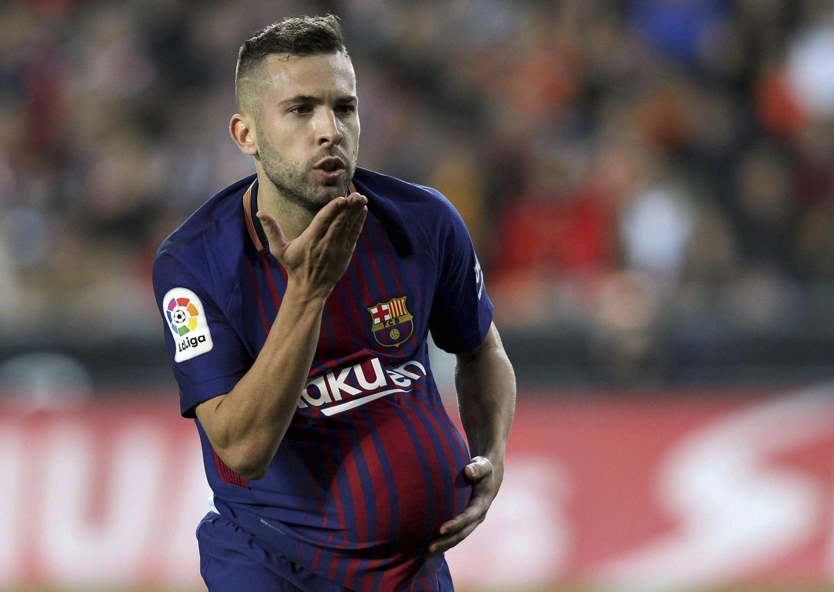 Barcelona draw at title rivals Valencia