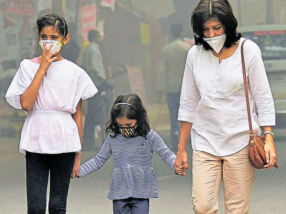 Delhi issues health advisory as air quality dips