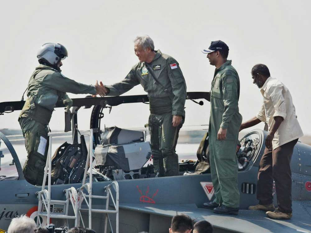 Singapore Defence Minister - first foreign VIP to fly in a LCA
