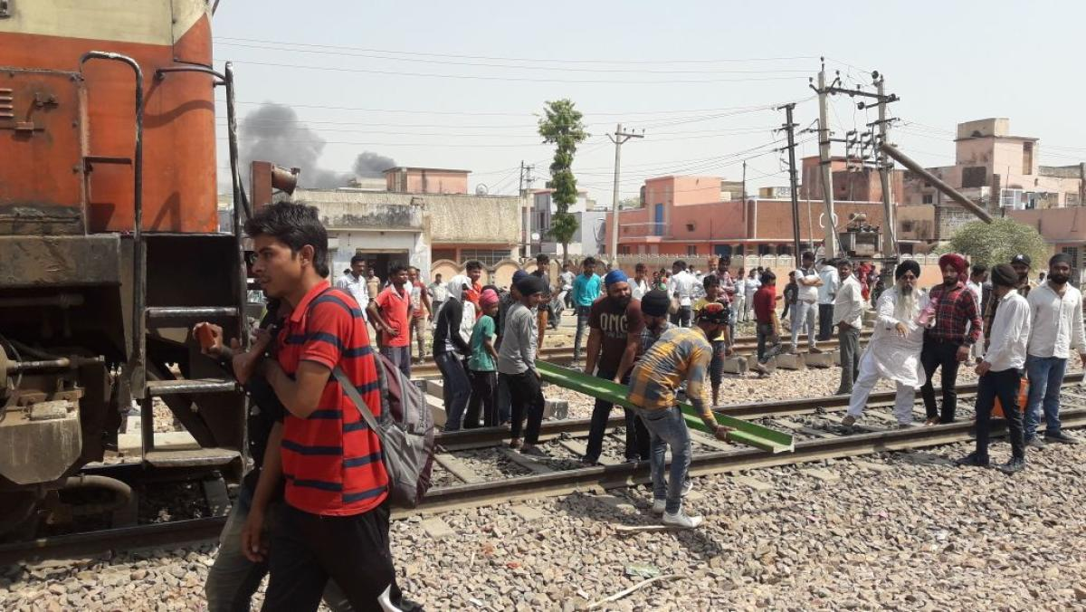 SC/ ST Act: protests turn violent in Rajasthan, train services affected