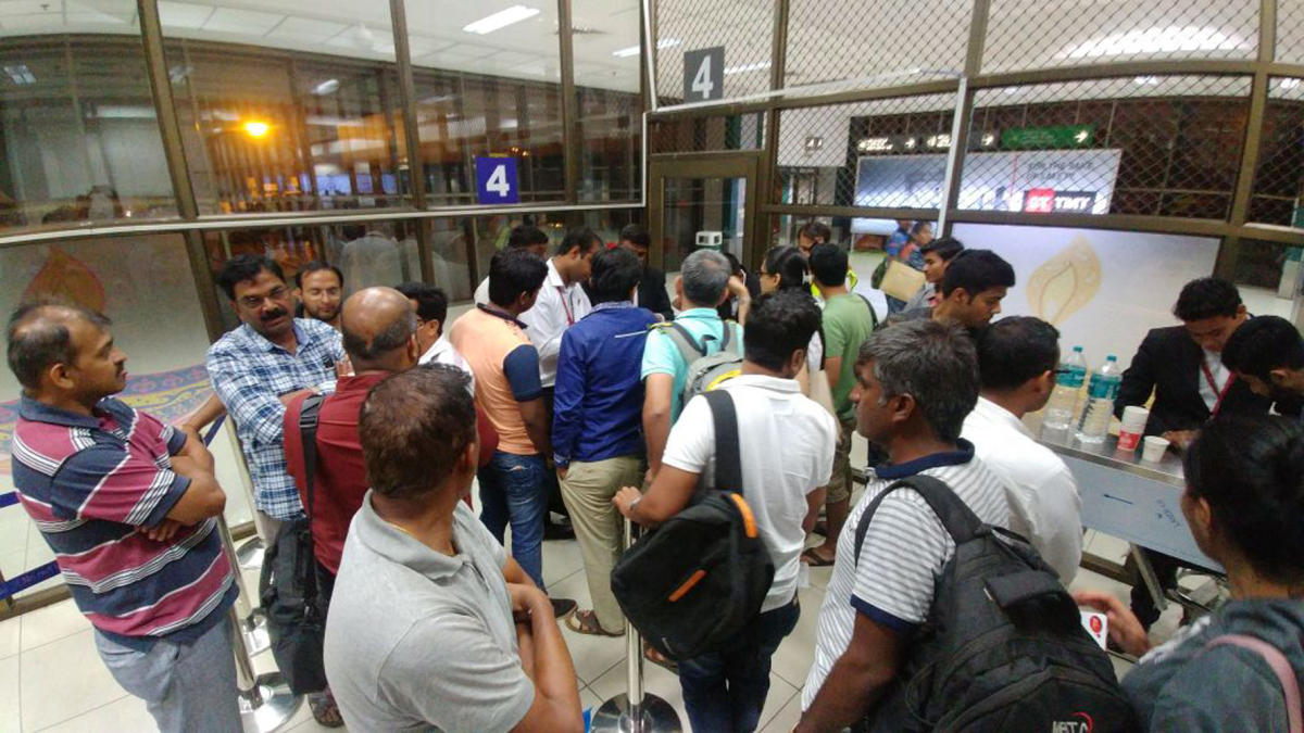 Flight delayed for 3 hours, fliers battle for basics