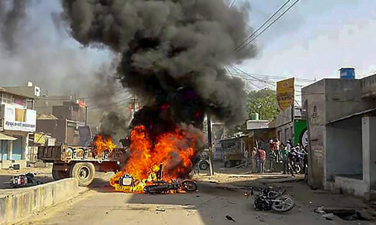 MP Dalit stir: Death toll rises to 8, one killed in police firing