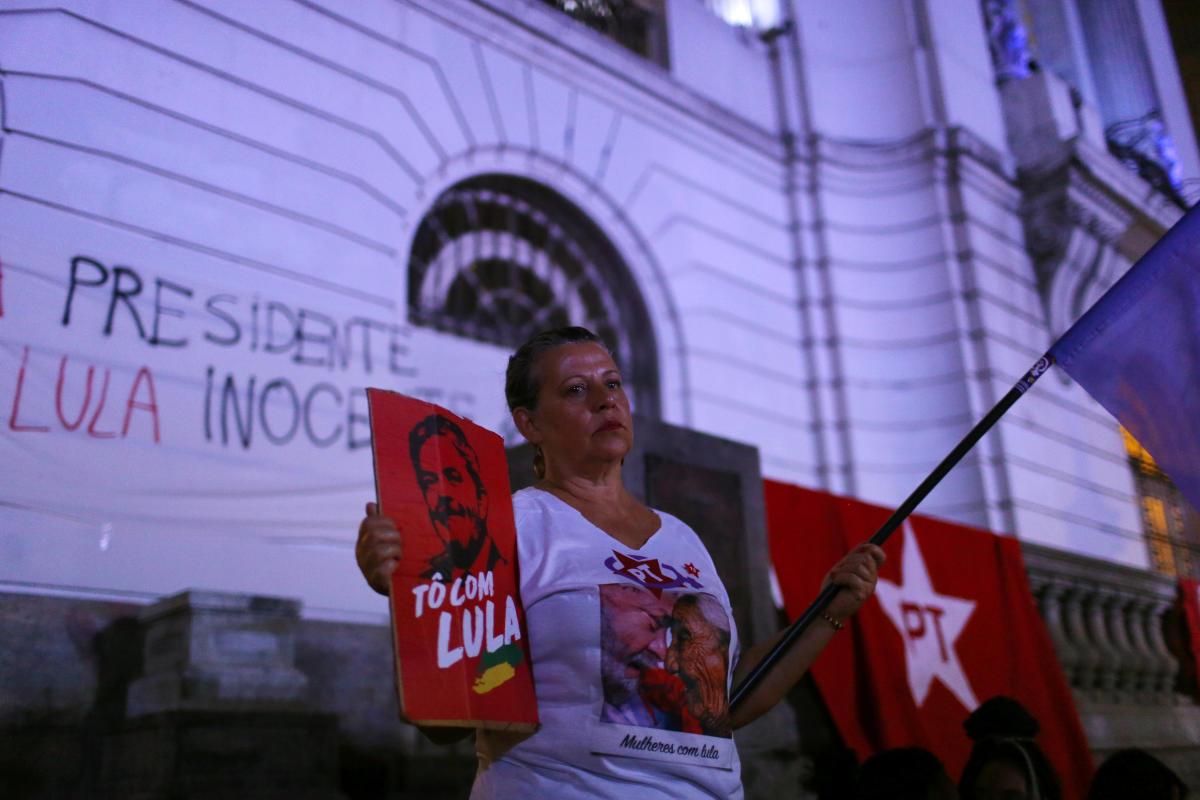 Brazil's ex-prez Lula faces imminent prison after top court ruling