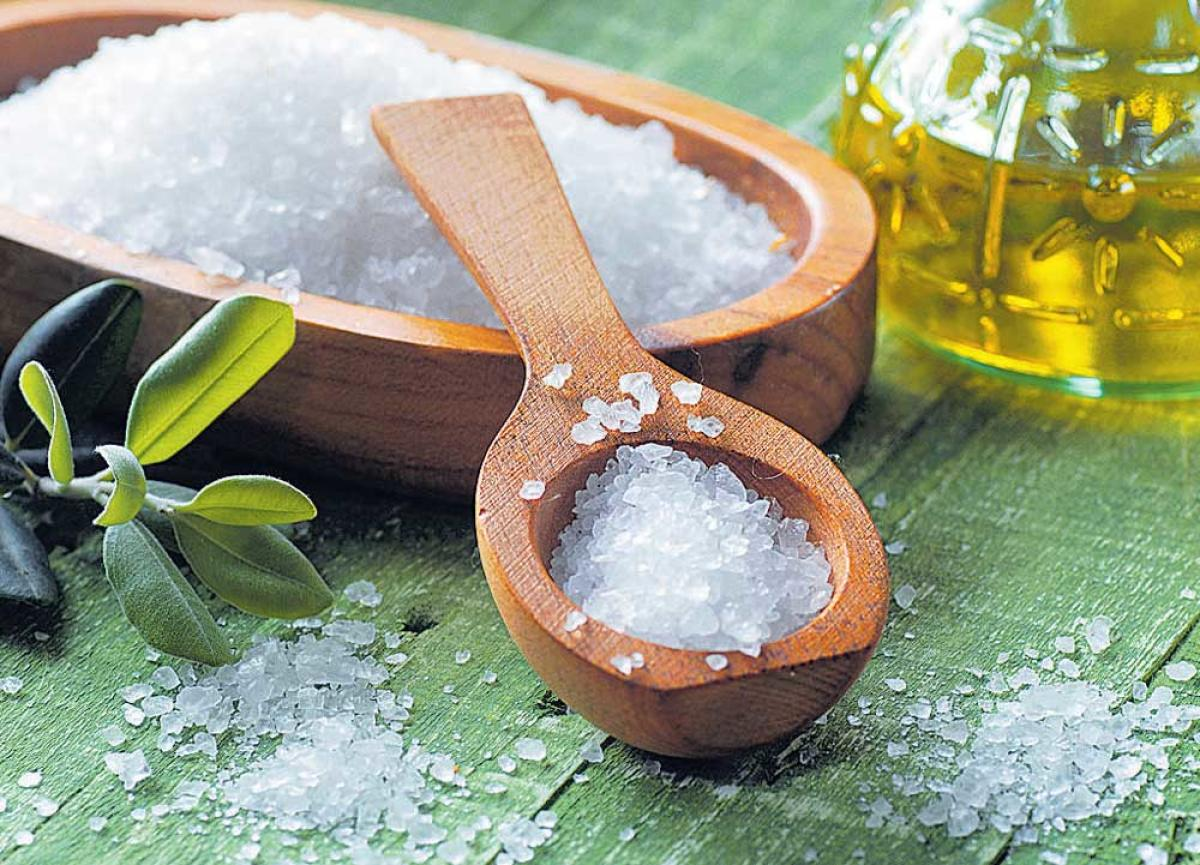 Eat less salt to prevent kidney diseases at young age: Experts