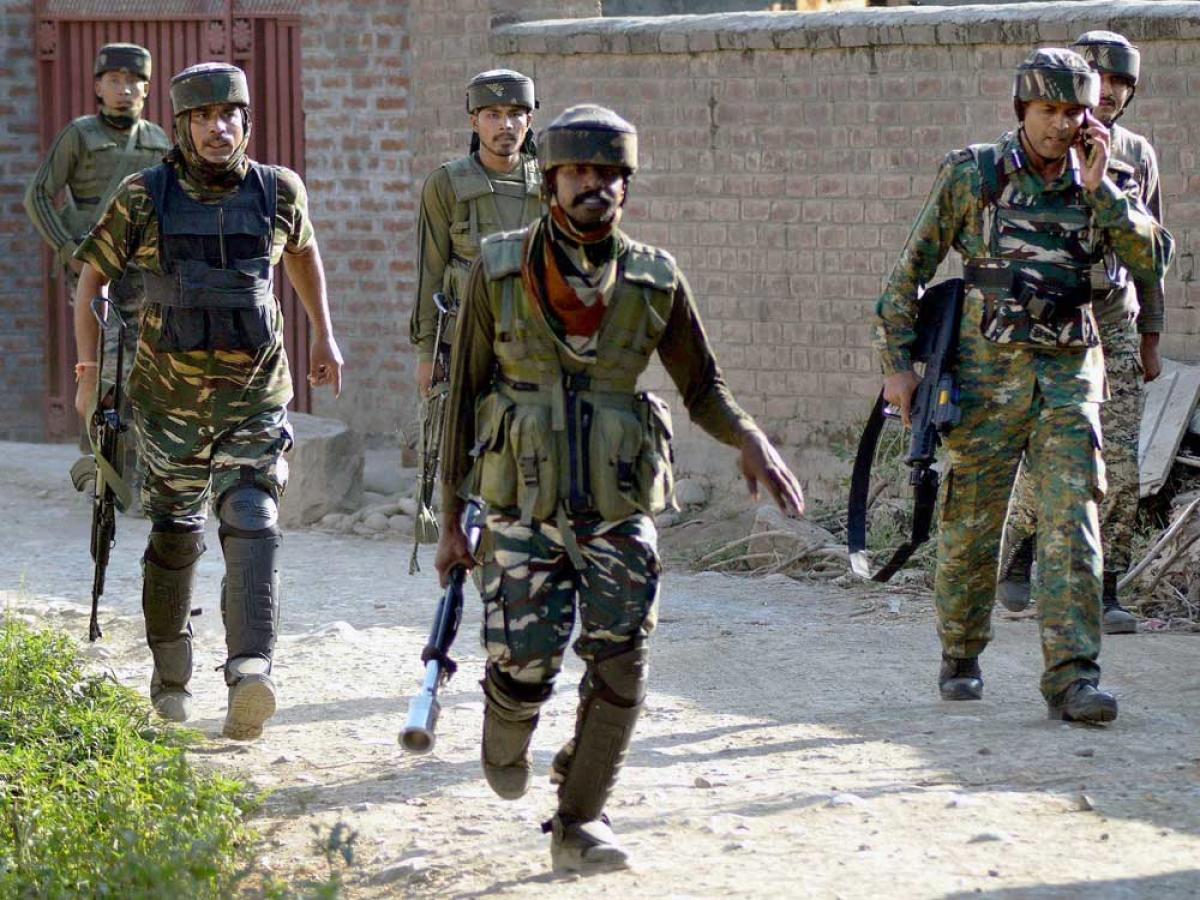 Militant hideout busted in Rajouri, assault rifles seized