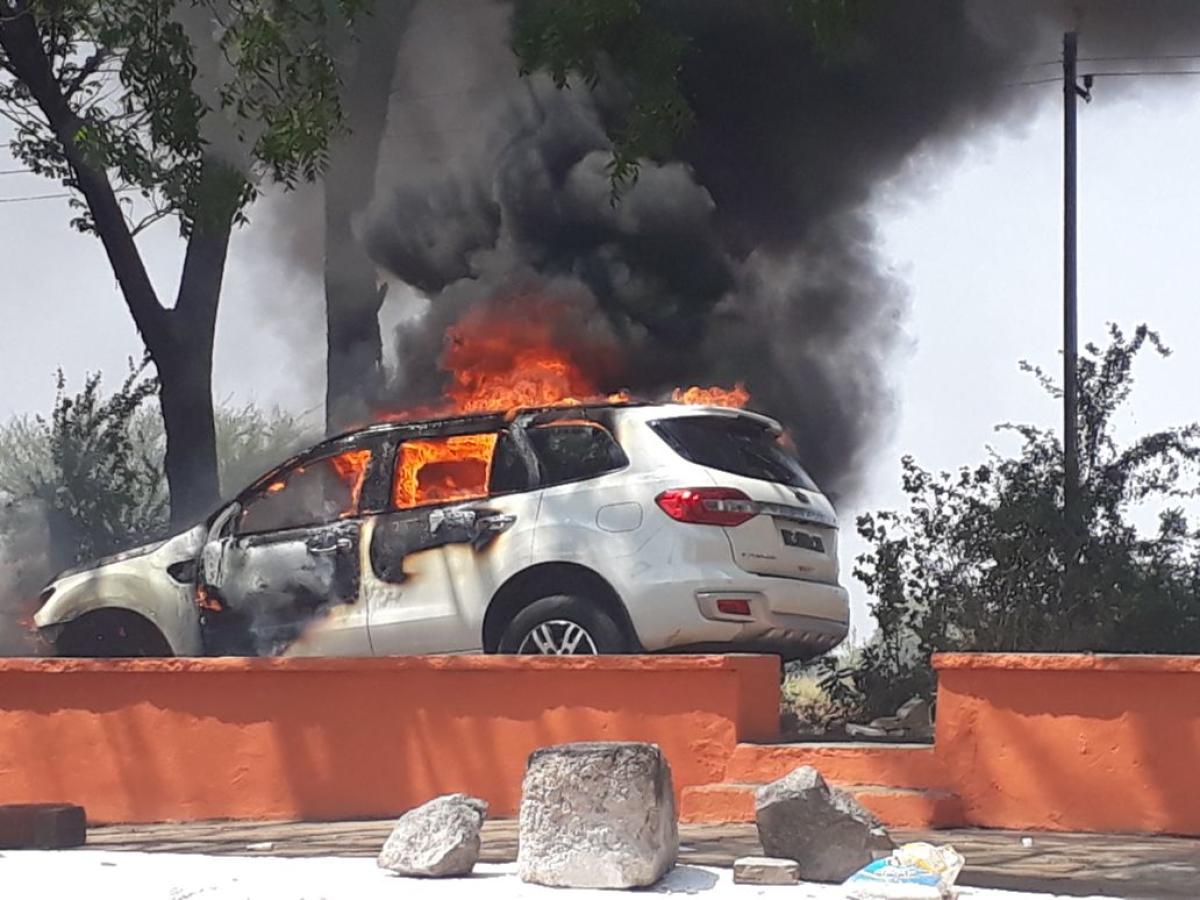 Yadgir BJP ticket aspirant's car bursts into flames