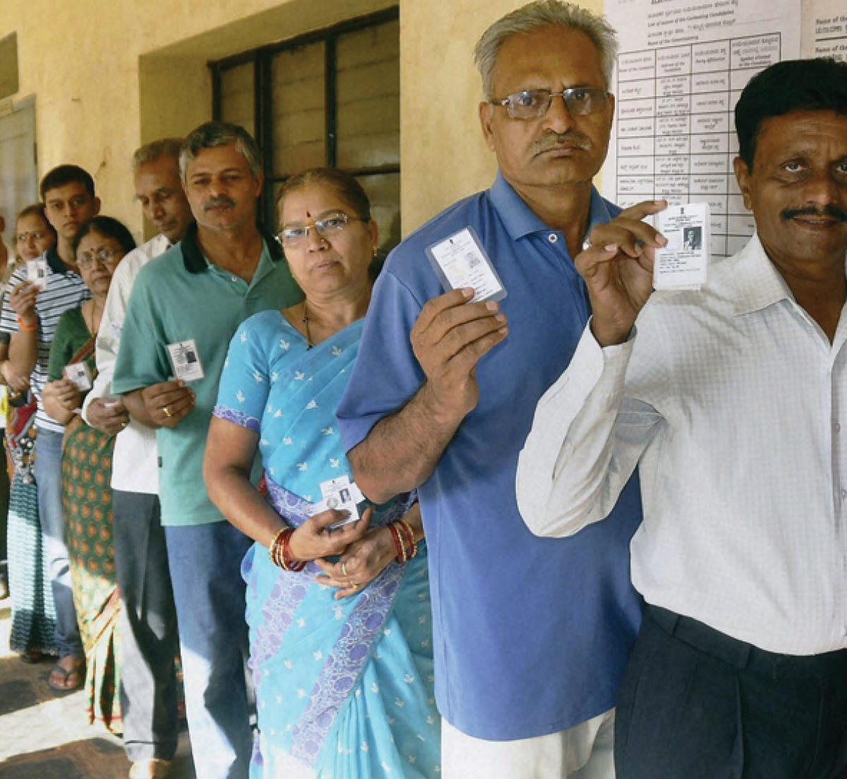 Simultaneous polls: cost, efficiency arguments bogus