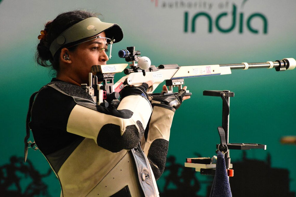 Tejaswini bags silver in women's 50m rifle prone