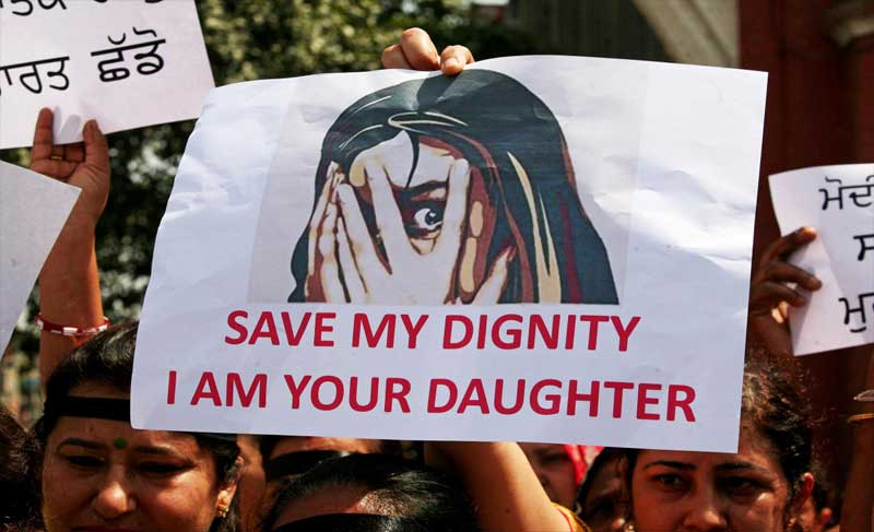 Students of various educational institutions took out a protest rally on Residency Road in Srinagar, demanding justice for the girl and stern punishment to those involved in the heinous crime that has sparked outrage across the nation.