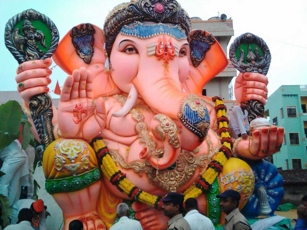 During Ganesha Chaturthi, we were warned by our elders against seeing the moon to avoid incurring the wrath of the lord, whom the poor innocent moon had inadvertently antagonised. (DH file photo)