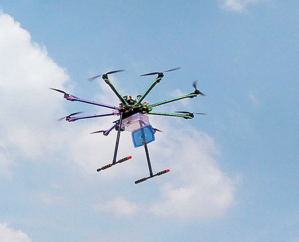 The city police commissioner said there would be a blanket ban on drones until the model code of conduct is in place, adding that special permission based on necessity can be given only for indoor private functions. (DH file photo)