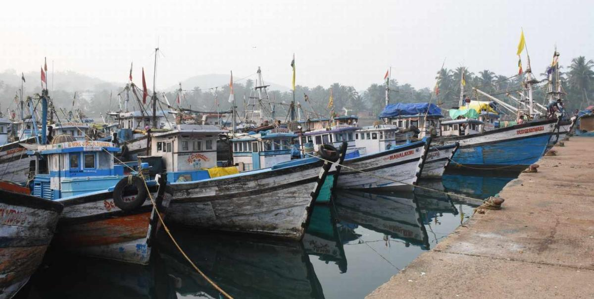 A file photo of boats fishing anchored at Baithkola Port, in Karwar. DH Photo