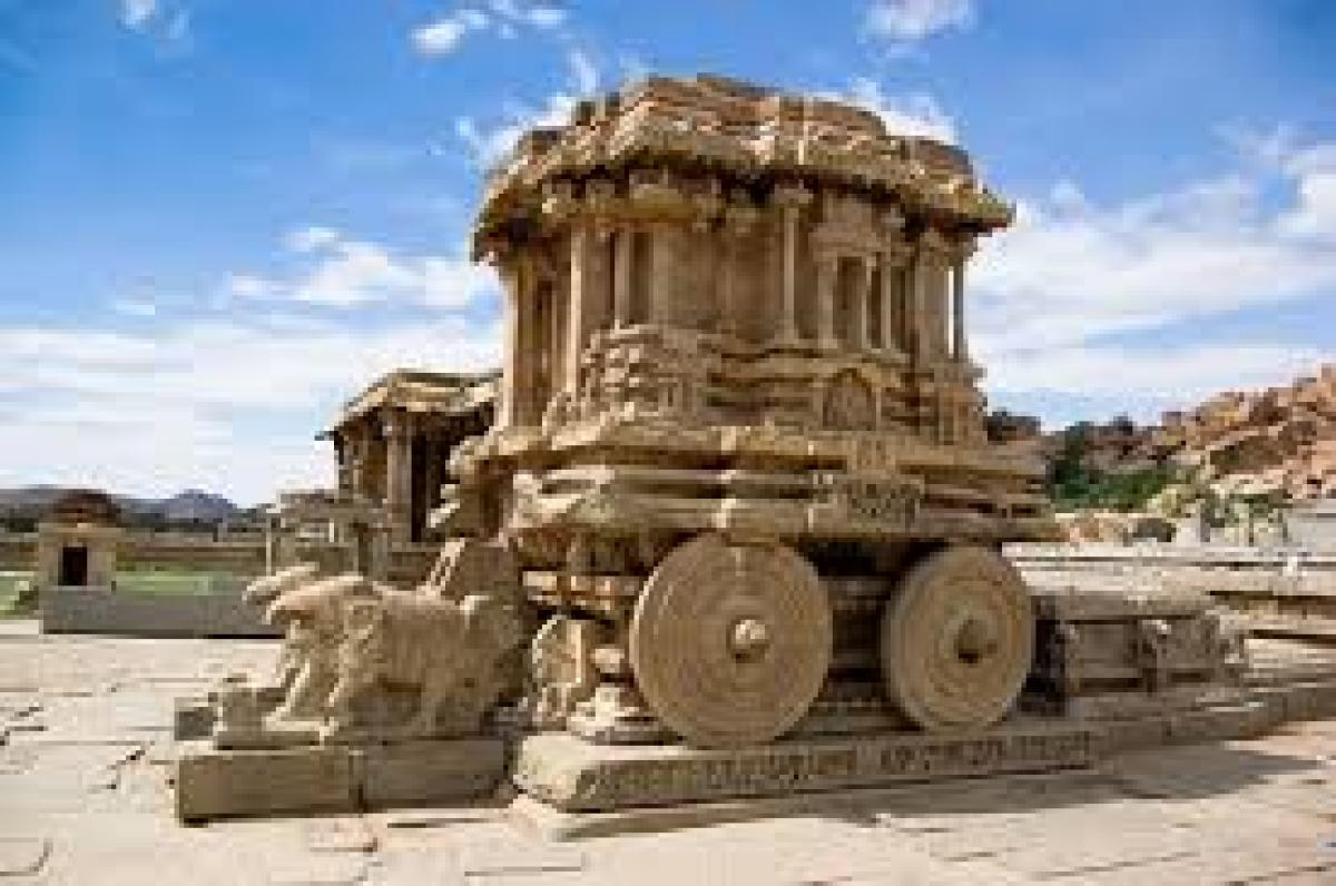 The stone chariot at the Vijaya Vittala temple complex, in Hampi. (DH file pic)