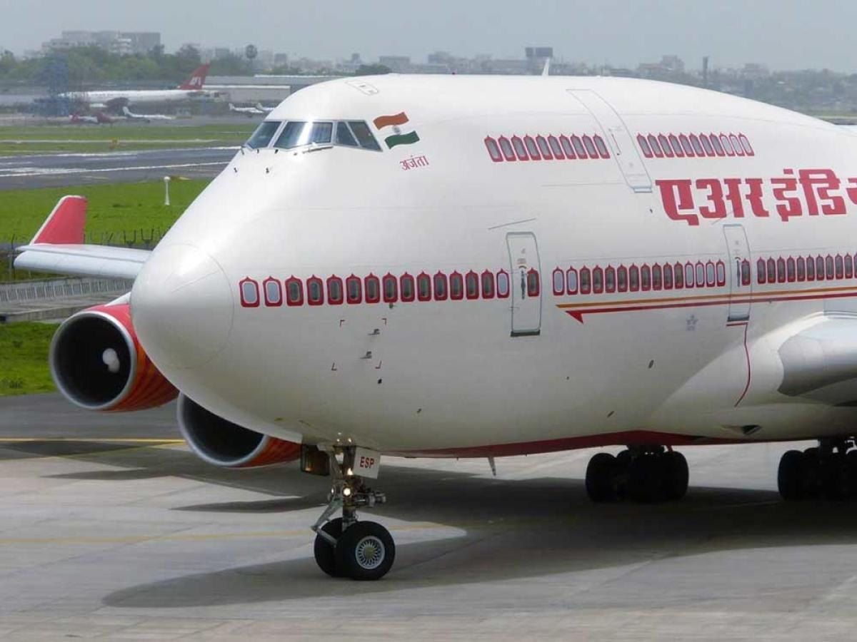 Air India, which recently witnessed a lack of interest by investors in the process of its disinvestment, has Rs 325.81 crore in pending bills.